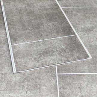 Tiled stone graphite bathroom cladding